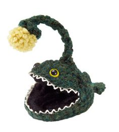 Crochet this anglerfish big enough to hold small objects! Try it out in Wool-Ease.