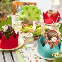 Woodland party (crowns, hedgehogs, tree centerpiece) #woodland #party #kids