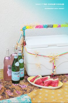 Add a pop of color to your summer cooler with this easy DIY via @Bri W. W. emery / designlovefest