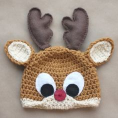 Crochet Rudolph the Reindeer hat pattern is the perfect accessory for the Christmas season! Free pattern available in newborn-adult sizes!