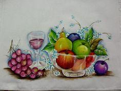 Coisas da Nil - Pintura em tecido: Taça de vinho e fruteira.