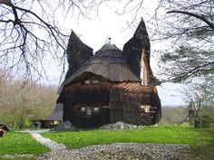 Owl House by Imre Makovecz, Hungary