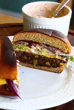 Black Bean, Quinoa & Sweet Potato Veggie Burgers for #meatlessmondays