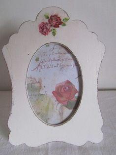 Cornice porta foto in stile shabby romantico, by ♥La casa di Gaia♥, 12,00 € su misshobby.com