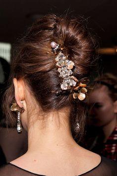 Fall 2012 Runway Hair Accessory Trends...