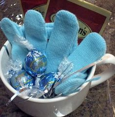 Hot Chocolate gift with gloves, mug, hot chocolate and truffles gift baskets, christmas gift ideas, cold hand, chocolate gifts, glove, hershey kisses, last minute gifts, warm heart, christmas gifts