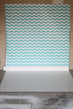 DIY Photo Backdrop (Double sided with floor) Use this outside or in to cover replace your drab walls or messy house! #photography#backdrop