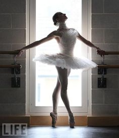 "Elena Glurjidze in Chanel's ""Dying Swan"" costume I love the lighting in this photo <3"