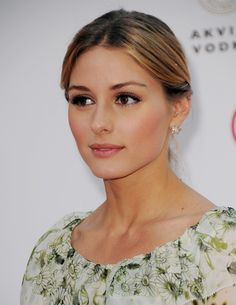 Olivia Palermo makeup style