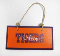 """""""Welcome Tigers"""" Door Hanger"""