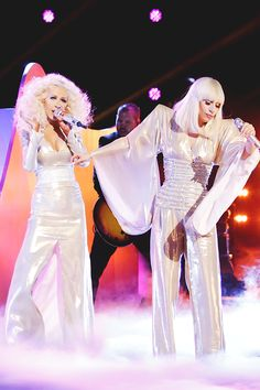 GAGA AND CHRISTINA AGUILERA ON THE VOICE FINALE US