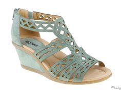 Comfort Sandals: Petal