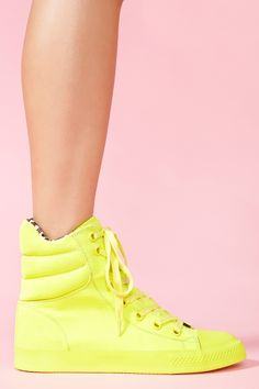 Nexxus Sneaker in Neon Yellow