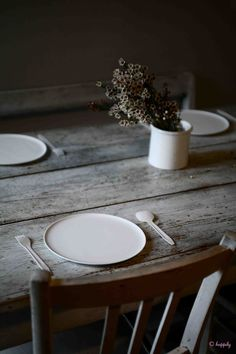 table setting.. dining rooms, table settings, farmhouse table, table flowers, rustic table, dining room tables, farm tables, wood tables, wooden tables