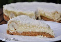Tort Raffaello  http://www.laurasava.ro/2011/05/18/tort-raffaello/