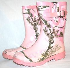 RealTree Pink Boots