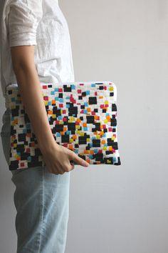 Cresus artisanat///size for huipil clutch