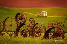 Wheel Fence and Barn, Uniontown Washington