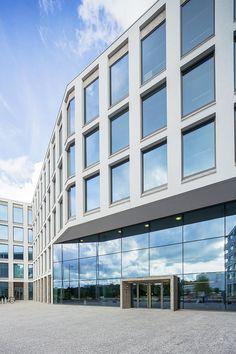 Muutimme 30.6. uuteen #EYtalo on Alvar Aallon kadulle - tervetuloa käymään upouudelle Helsingin-toimistollemme! #BetterWorking World #Töölönlahti #EYHouse