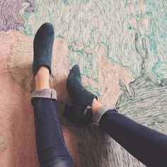 fashion, style, blue suede shoes, ankle boots, ankl boot, jeans, chunki booti, wear, blues