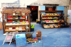 Grocery shop in Gordes