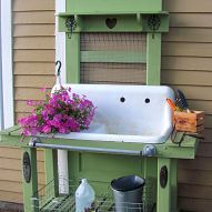 potting bench using old cast iron sink - I have one somewhat like this, but like the pipe towel bar for hanging things. Need to add one to the side of mine.