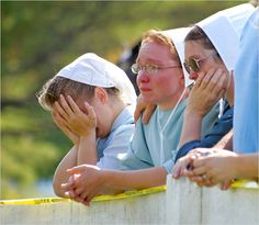 amish women | ... The New York Times) Three amish women in Nickel Mines, PA