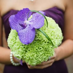 ♡ Purple #wedding #Bouquet ... For wedding ideas, plus how to organise an entire wedding, within any budget ... https://itunes.apple.com/us/app/the-gold-wedding-planner/id498112599?ls=1=8 ♥ THE GOLD WEDDING PLANNER iPhone App ♥  For more wedding inspiration http://pinterest.com/groomsandbrides/boards/ photo pinned with love & light, to help you plan your wedding easily ♡ gold weddings, wedding ideas, wedding bouquets, purple flowers, bouquet wedding, purple wedding, wedding planners, bridesmaid bouquets, purple bouquets