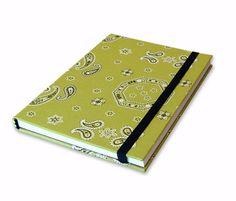 Encadernação Caderno em Tecido by LeticiaMartins, via Flickr