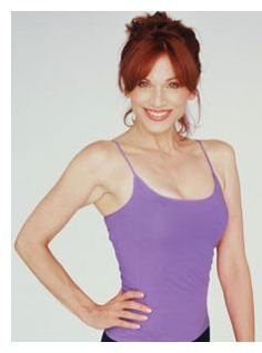 Listen to an inspirational and entertaining interview with weight loss coach and celebrity Marilu Henner about getting and keeping your extra weight off in the midst of a hectic life!