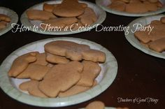 How to throw a Christmas Cookie decorating party!