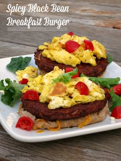 Spicy Black Bean Breakfast Burger | an easy recipe for a healthy, protein-packed breakfast