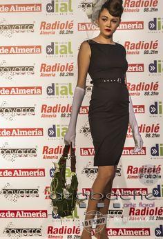Desfile de Moda Pin Up de www.idfshop.es con tocados y complementos de http://www.floristeriaazabache.com/ y fotografías realizadas por Eduardo Alias de http://www.eafoto.es/ Vestido negro Pin Up Claudette  http://tienda.idfshop.es