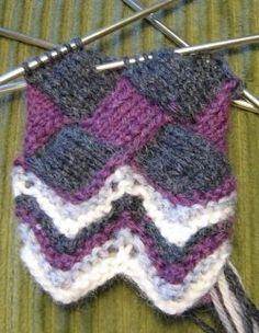 Entrelac Knitting and knitting backward