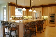 Cozy kitchen with double ovens