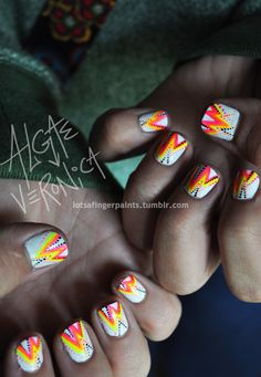 Neon Zigged and Zagged Dot Mani