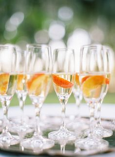 peach cocktails :: rustic wedding