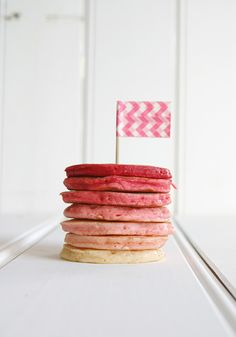 Ombre-Pancake-Stack-Pink
