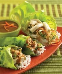 Healthy Weeknight Dinner: Lettuce rolls with peanut sauce. Only 158 calories per three rolls.