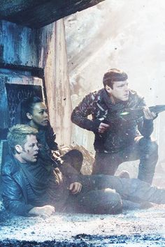Star Trek Into Darkness (2013 sci-fi action film)