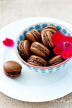 chocolate macarons with ganache filling