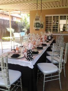 Great Parisian table #party #tablesetting