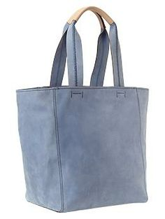 The matte of the leather is beautiful.  Gap.  #purse #bag #tote #affordable #leather