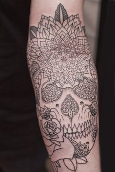 want a mandala tattoo so bad