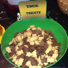 "Community Post: How To Throw The Best ""Star Wars"" Birthday Party In The Universe"