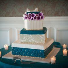 Gift box wedding cake made by Cake Boss. Cassandre Snyder Events, Mallard Island Yacht Club #cassandresnyderevents