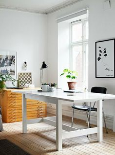 Office: Simple and Elegant