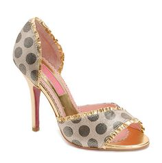 BJ❣ shoe addict, style, shoe obsess, johnson shoe, polkadot, hot shoe, happi shoe, betsey johnson