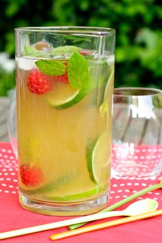 """The New Southern Style Sweet Tea - I grew up drinking sweet tea, made with white, refined sugar. Now, if I'm having a craving for that childhood memory, this is my """"go-to"""" sweet tea."""