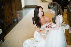 Bouncy. Beautiful. Bombshell Wedding Hair | OneWed